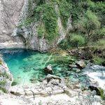 Fontaine de Vaucluse, lieu à visiter dans le 84 pour les amateurs de beaux paysages.